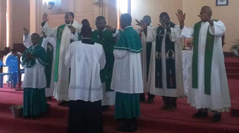 Mbalmayo: messe des prémices du père Bernard Engbowang S.J.