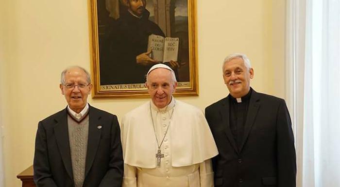 Le Pape François chez les siens…