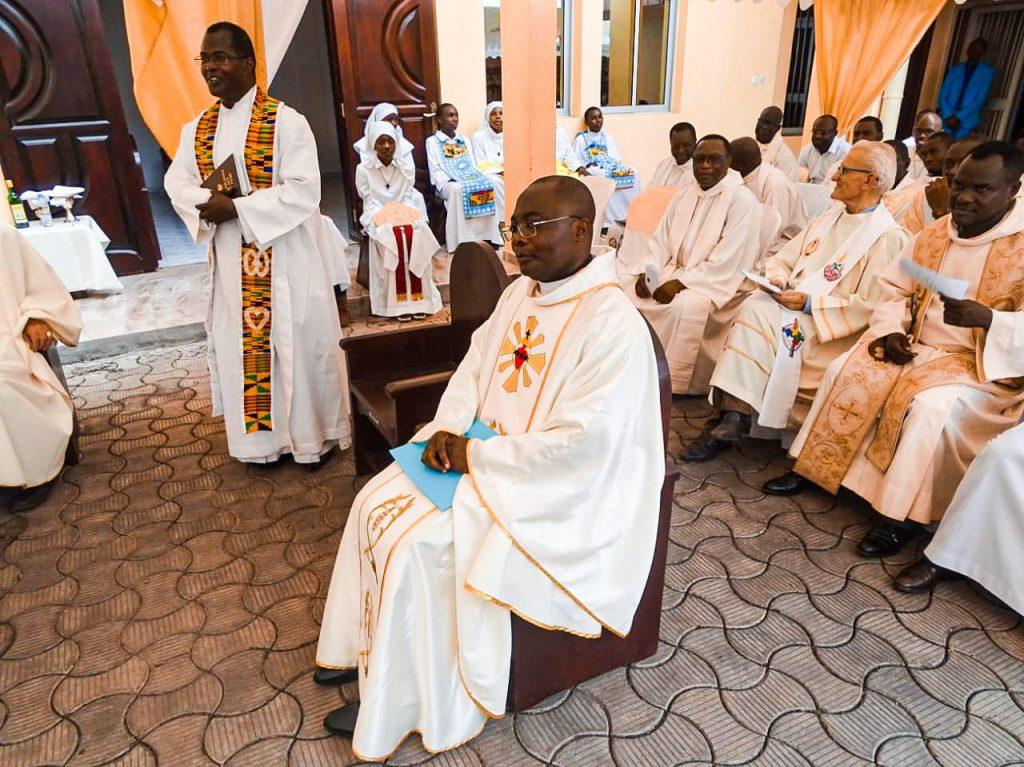 Père Narcisse Takong SJ